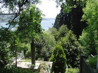 Aşiyan Asri Cemetery - Bosporus from Aşiyan Asri Cemetery