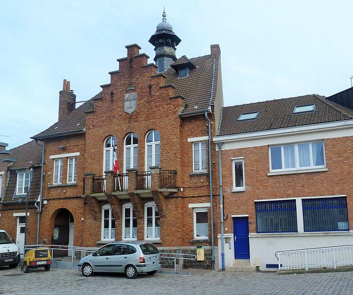 L'ancienne mairie de   Bousbecque  Nord (département_français)