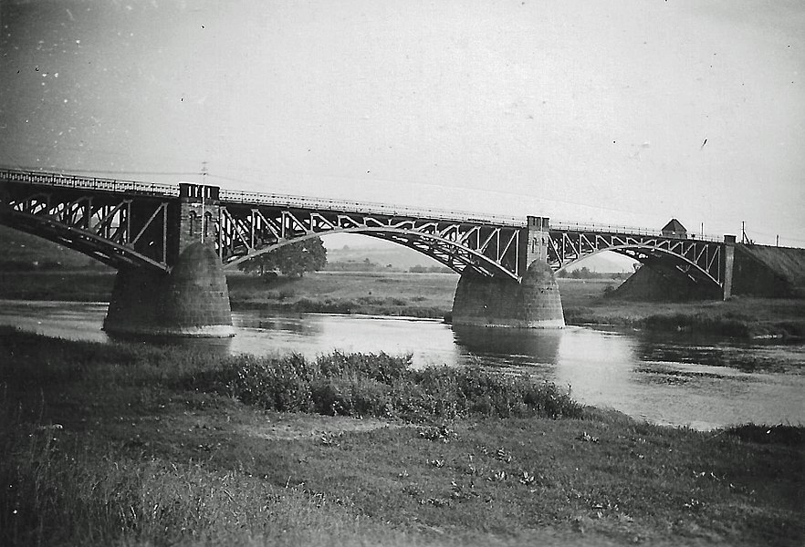 Die Hindenburgbrücke bei Igel/Mosel.