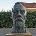 Bronze Nobel Geesthacht.jpg