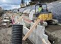 Building walls (14253780975).jpg