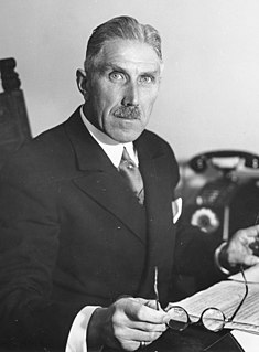 Franz von Papen German general staff officer, politician, diplomat, nobleman and Chancellor of Germany (1879-1969)
