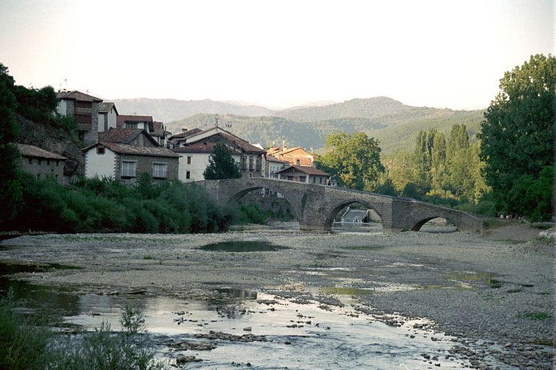 File:Burgui Spain.jpg