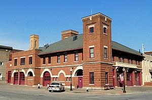 Downtown Commercial Historic District (Burlington, Iowa) - Image: Burlington Fire Police Station Burlington Iowa