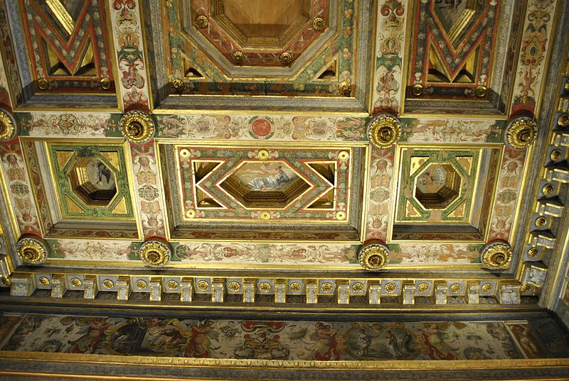 File:Camera matrimoniale soffitto palazzo Diamanti Ferrara.JPG - Wikimedia Commons
