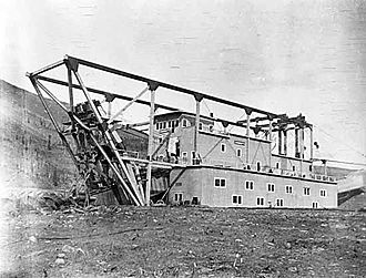 Dredge No. 4 - Canadian No. 4 in 1916