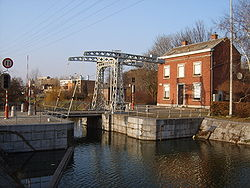 Canal ourthe1.jpg