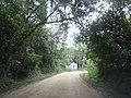 Capelinha na beira da estrada de terra 2014-05-25 Isack - panoramio.jpg