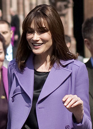 English: Carla Bruni-Sarkozy at the NATO summi...