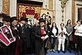 Carmena recibe a la Alegre Cofradía del Entierro de la Sardina (07).jpg