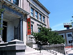 Cedar rapids Museum of Art - panoramio.jpg