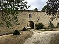 Château de Sérillac entrance building.jpg