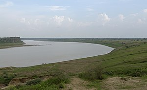 Chambal river near Dhaulpur, India.jpg