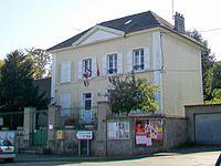 Chauvry (95), mairie, Grande rue.jpg