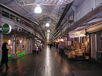 Ninth Avenue (Manhattan) - Image: Chelsea Market