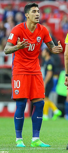 Chile VS. Australia (1) (cropped).jpg