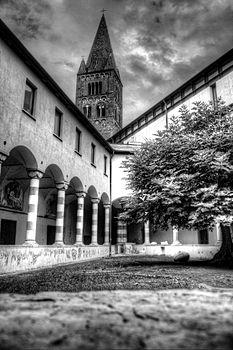 Chiostro di Sant'Agostino (Genova) 01.jpg