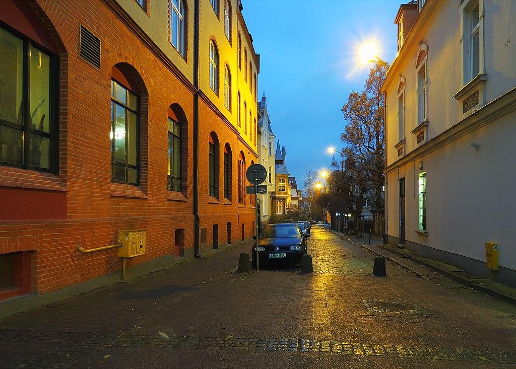 1024px-Chmielewskiego_Sopot_1.jpg