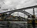 Cielo grigio sul Ponte D. Luís I. Ph Ivan Stesso.jpg