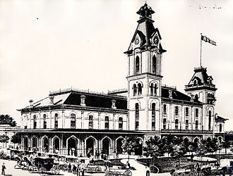 Market Square Park - Image: City Hall and Market House
