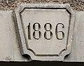 Clé de linteau datée de 1886.jpg