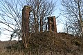 Claverhouse dovecot ruin - panoramio.jpg