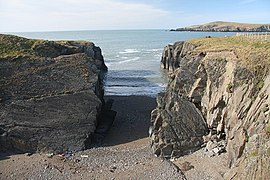 Frommers Wales With Your Family: From Cliff-top Castles to Sandy Coves