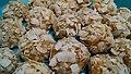 Coconut Balls (Bolitas de Coco) (25620769593).jpg
