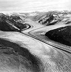Colony Glacier, valley glacier, September 13, 1972 (GLACIERS 5037).jpg
