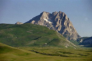 Abruzzo (wine) - The mountainous Abruzzo region includes the highest peak in the Italian Apennines, Corno Grande.