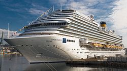 Costa Diadema (24922971025) (cropped).jpg
