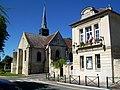 Courteuil (60), église et mairie.jpg
