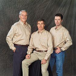 Crew of soyuz tma6. jpg