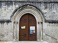 Cubjac église portail (2).JPG