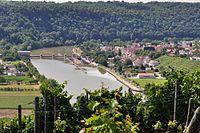 Die Staustufe des Neckar bei Hessigheim.jpg