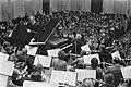 Dirigent Kersjes (staand l), Bestanddeelnr 924-6521.jpg