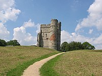 Donnington Castle - geograph.org.uk - 35386.jpg