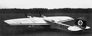 Dornier Do 23 on ground.JPG