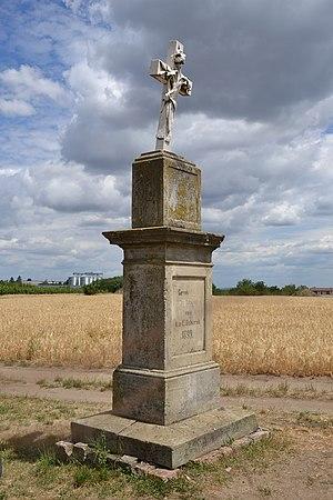 Drnholec (Dürnholz), Moravia - old wayside cross