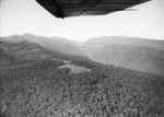 ETH-BIB-Nordseite des Elgon mit tief eingeschnittenen Tälern aus 3800 m Höhe-Kilimanjaroflug 1929-30-LBS MH02-07-0080.tif