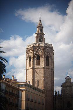 James l y el Reino de Valencia - Página 2 250px-El_Miguelete