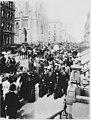 Elegantly dressed New Yorkers on Fifth Avenue, Easter morning, 1906 - NARA - 535711.jpg