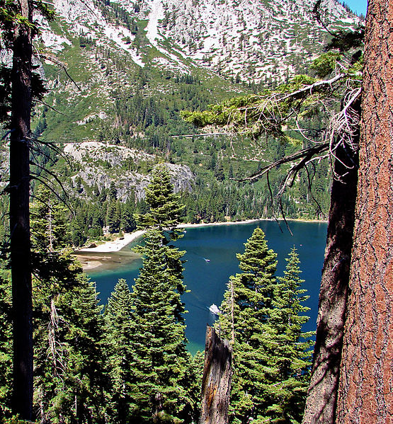 By Don Graham from Redlands, CA, USA - God bless it! (Emerald Bay, Lake Tahoe, CA 8-10) [CC BY-SA 2.0 (http://creativecommons.org/licenses/by-sa/2.0)], via Wikimedia Commons