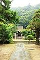 Engakuji temple, Kamakura (3801190867).jpg