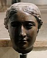 Epoca tolemaica o romana, testa femminile, forse arsinoe III (210 ac ca.) o afrodite (I secolo ac) 01.jpg