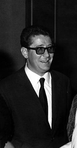 Ermanno Olmi alla Mostra del Cinema di Venezia nel 1965.png