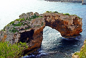 Notable first ascents (sport climbing) - Es Pontàs, a natural arch in the coast of Mallorca