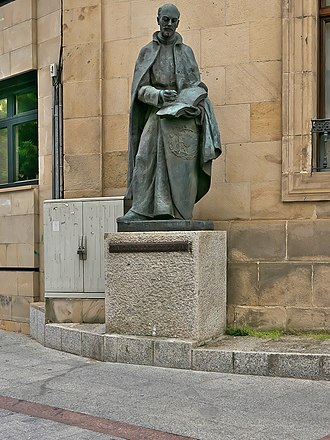 Francisco López de Gómara - Sculpture of Francisco López de Gómara by Federico Coullaut-Valera in Soria, Spain