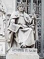 Estatua de Alfonso X en la BNE.JPG