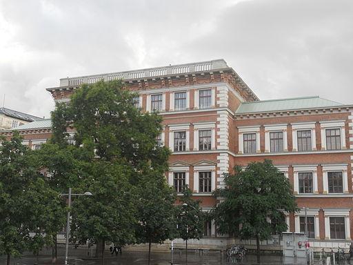 Evangelischeschulekarlsplatz